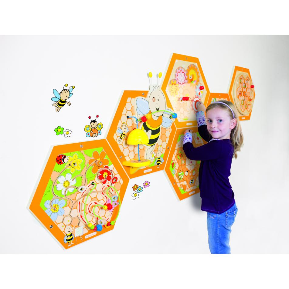 Настенный бизиборд Пчелы