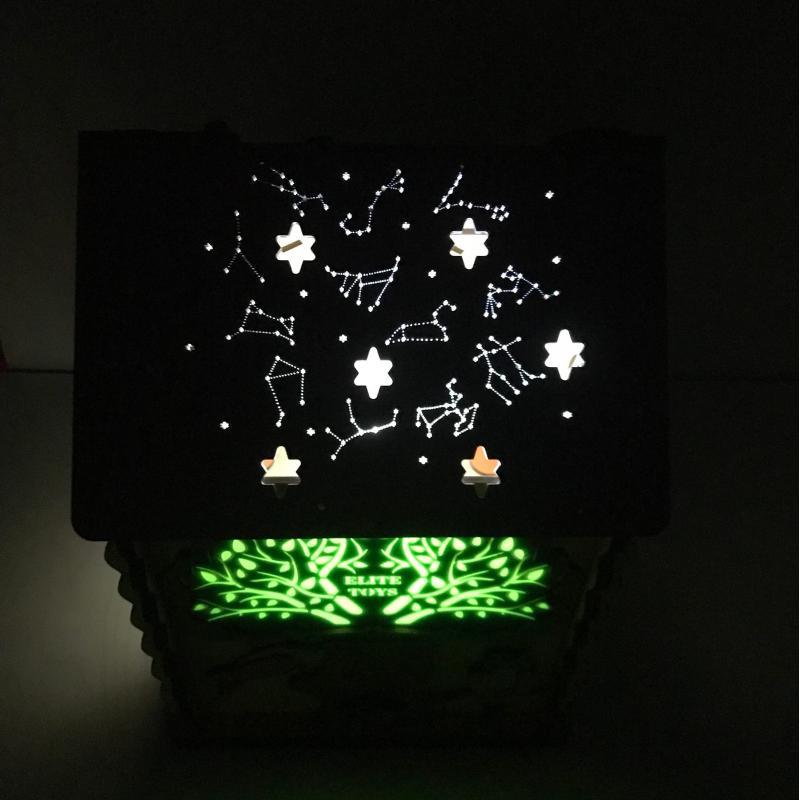 Бизидом со светящимся хамелеоном и звездным небом 25х25х35 см фото