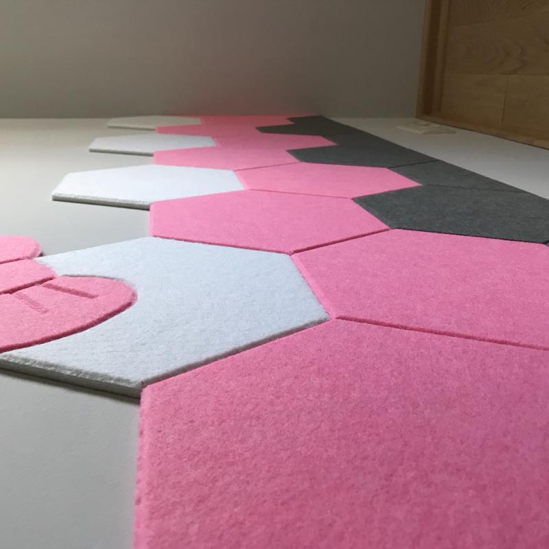Утепляющие мягкие панели для детской комнаты MyMatto  - Сота сиреневый фото