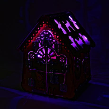 Бизидом Пряничный с подсветкой 35х41х35